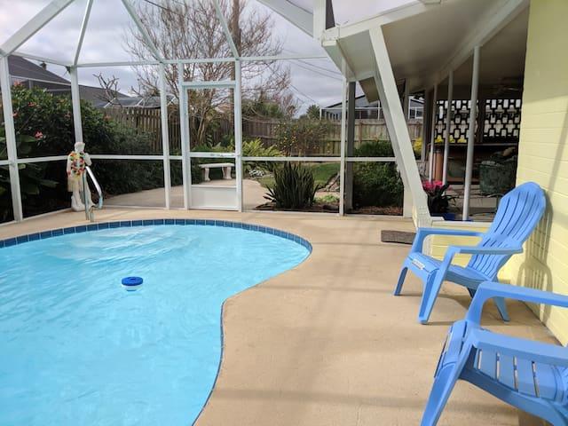 Beach Home, Heated Pool, Hot Tub, 2 Min Walk Beach