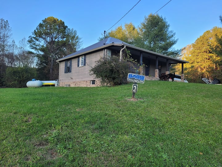 2Bed1Bath Hotub Cherokee National Forest