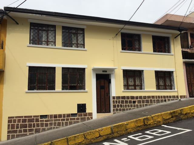 Apartments in Quito Middle Town