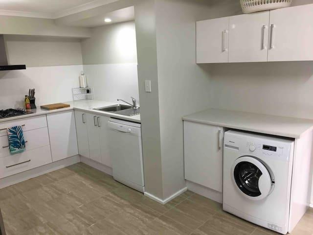 Kitchen sink, dishwasher, washing machine