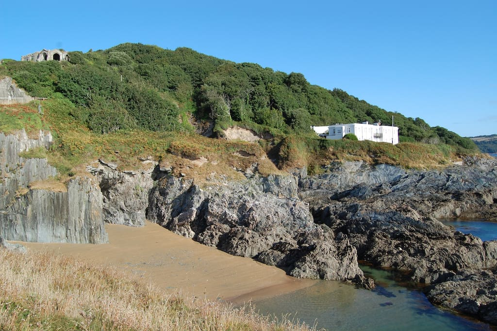 The Old Signal House and Penlee Beach