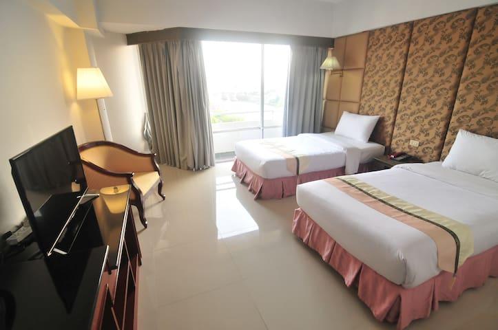 Riverside Ayutthaya