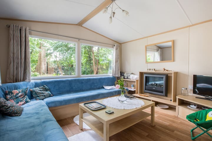 Huisje onder de beuk - Etikhove - Hytte (i sveitsisk stil)