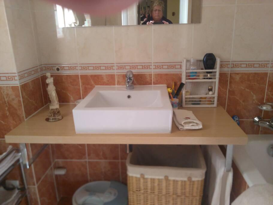 salle de bains prive