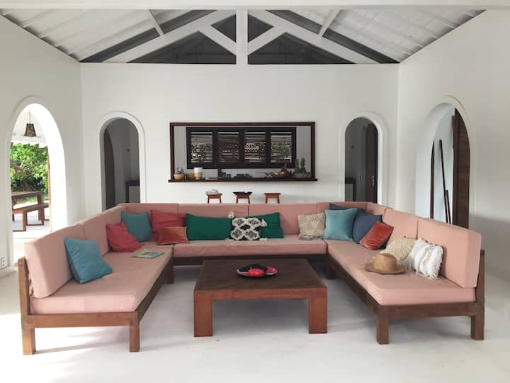 Amazing Villa with private bungalows