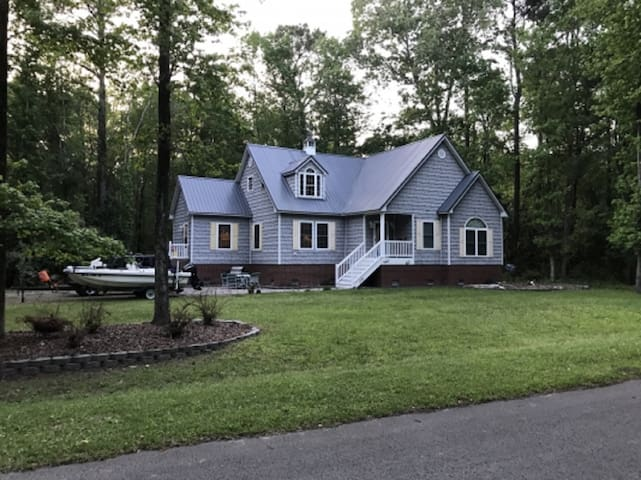 Fairwinds Cottage - Great vacation spot for the whole family
