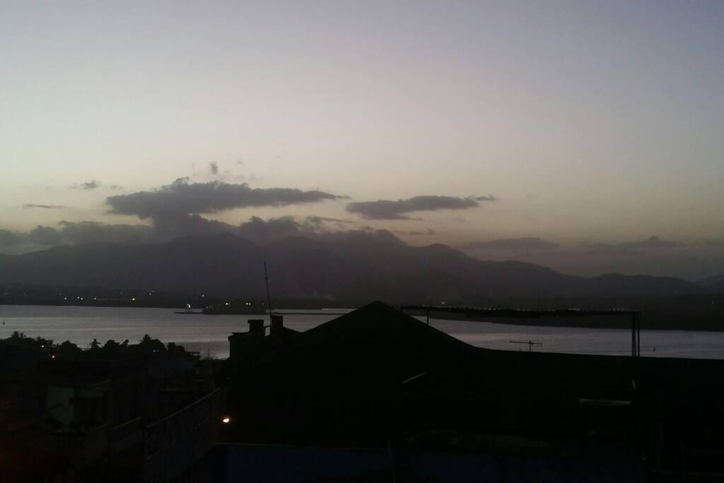 Vista del anochecer desde Casa la terraza Yomayka