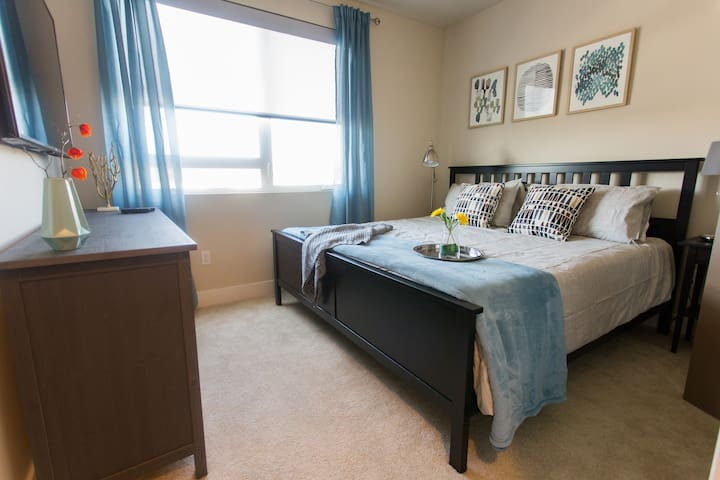 Close to Disney|Fast Wifi|King Bed| 4K TV|Shpping