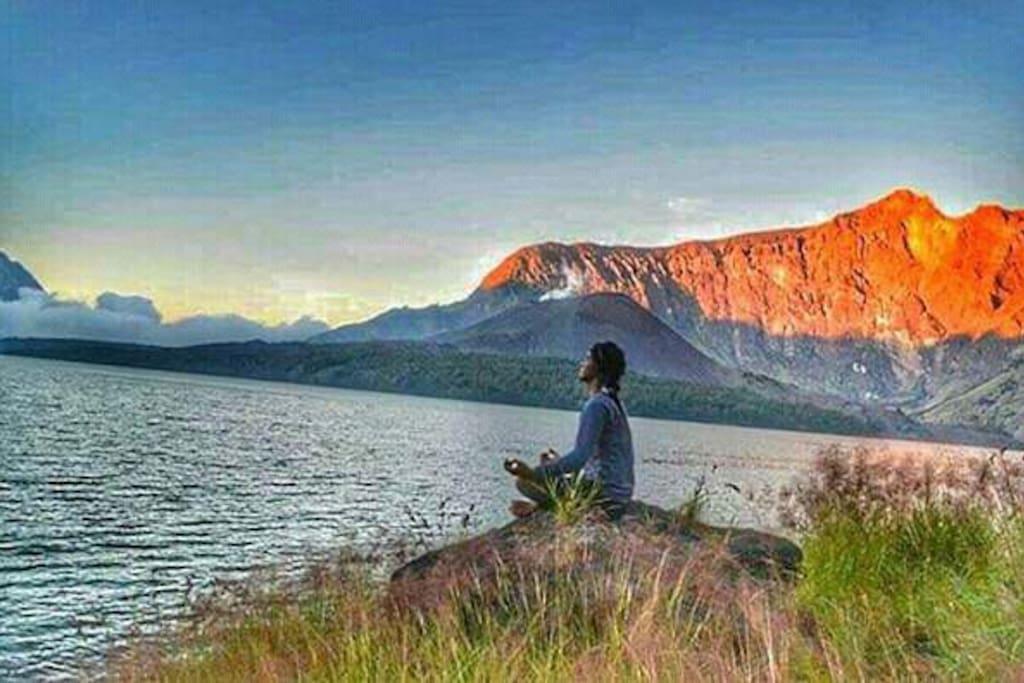 Rinjani Trekking Camping 3D/2N directly from Tetebatu