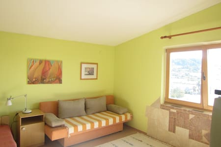 Quiet and relaxing summer vacation - Palit,Rab - Appartement