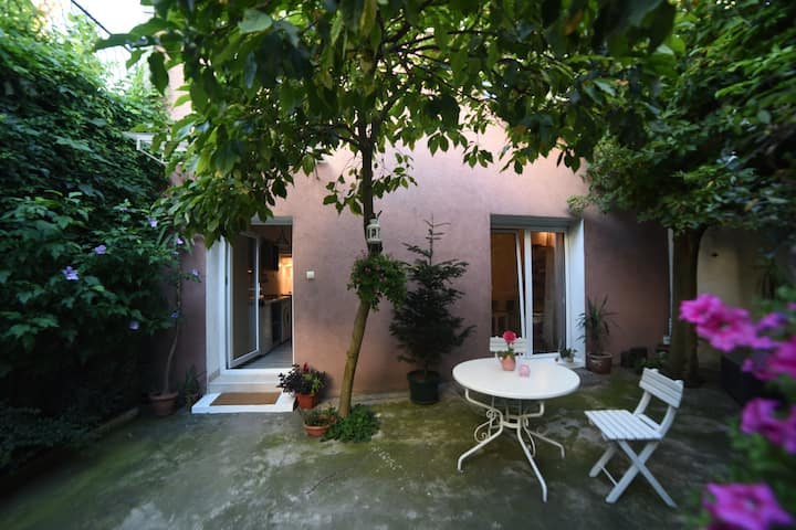 Maisonette with Garden in the City center