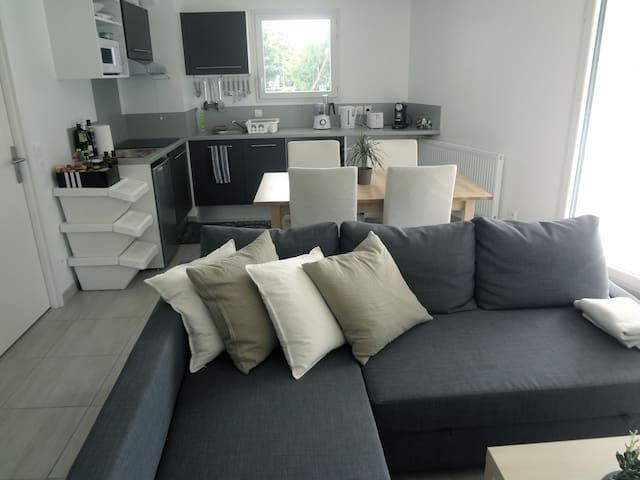 T2 neuf avec terrasse proche de Genève - Saint-Julien-en-Genevois - Apartament