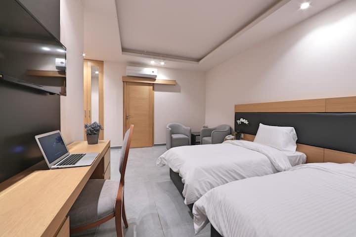 Studio furnished apartment