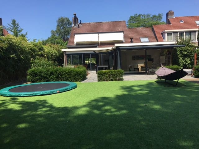 Villa with great garden in Maarssen