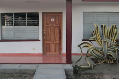 Hostal Viti & Miriam - Playa Giron