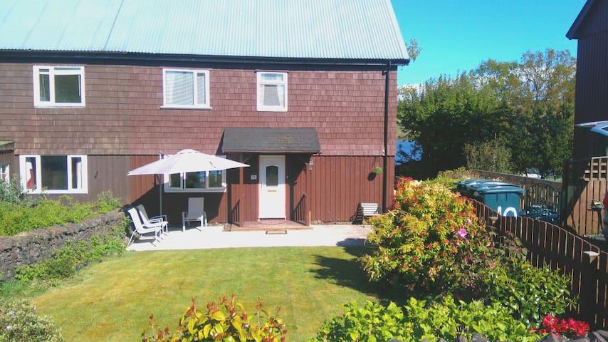 Dalavich Lochside Holiday Home Electric HotTub