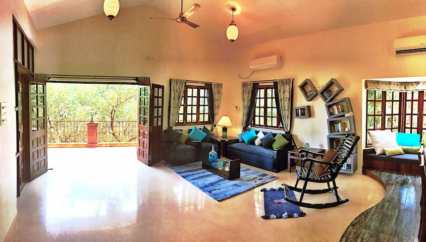 Quiet, Comfort Villa in Goa by the Bay! - Dona Paula  - Casa de camp