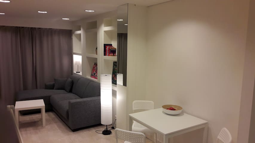 City Center Ostend smal ground floor appartement