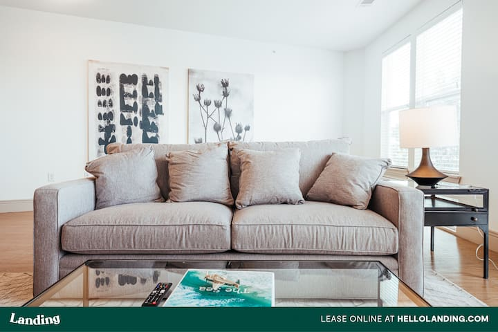 Landing | Oasis in an Attractive Community