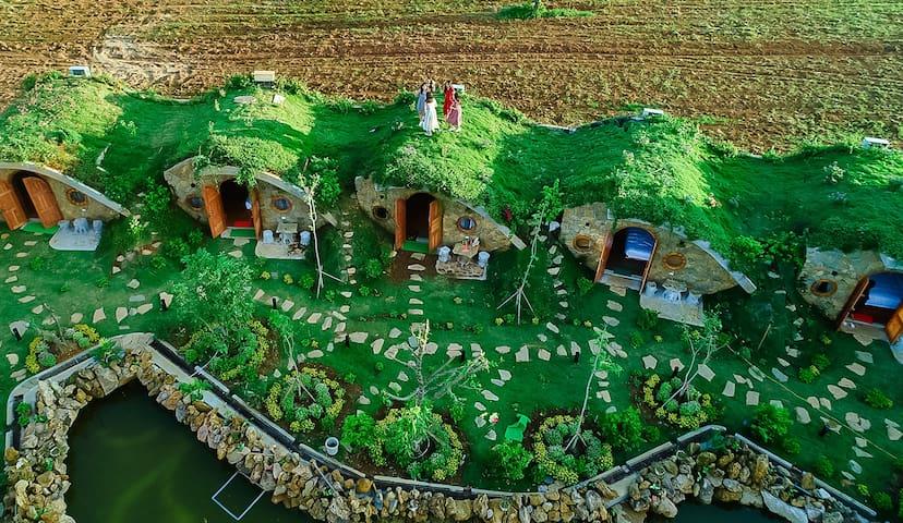 Moc Chau Hobbiton- Hobbit Đồi chè - Bungalow vườn