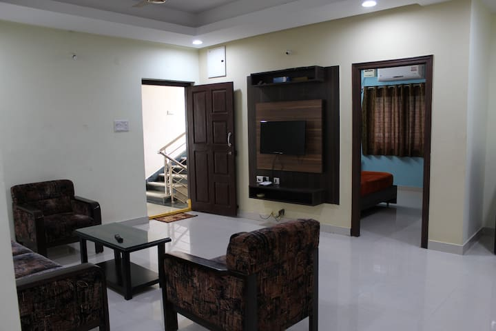 Sai Prema Nilayam - 3BR Apartment Near Airport