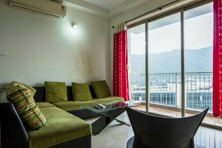 Luxury Room at Thane West