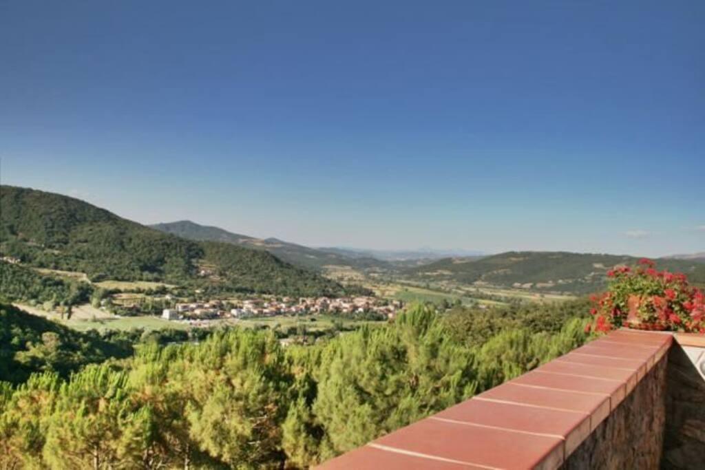 Lo splendido panorama della Valle del Niccone, uno dei bellissimi paesaggi umbri