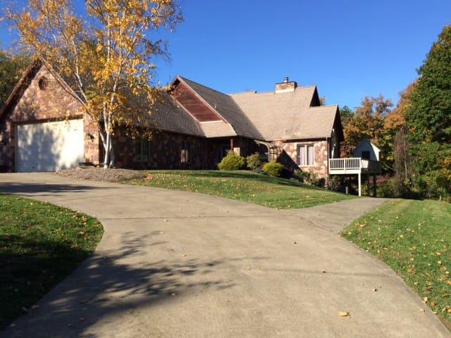 US Open - Stone & Cedar Home - Glenshaw - Maison