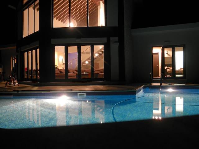 Modern Village villa, Limassol - Pano Kivides - Casa