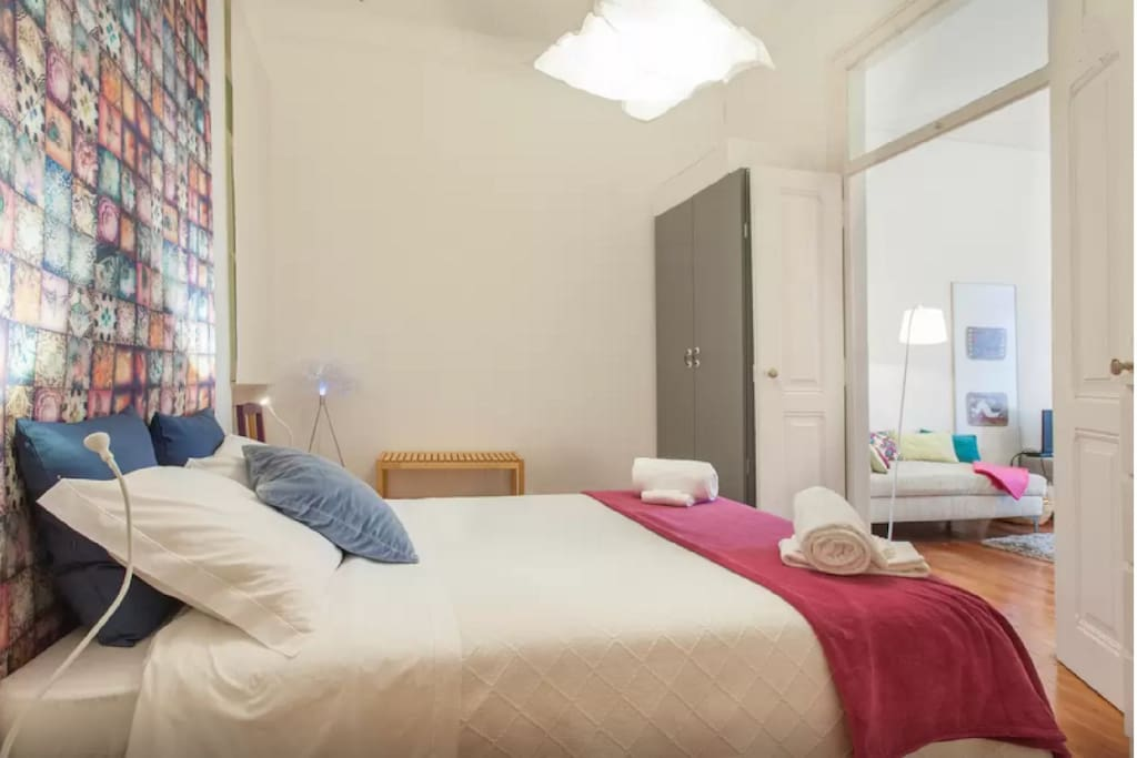 Room 2 (1 double bed) - Apartment 1