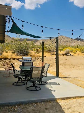 NEW Desert Sage Villa w/ Fire Pit