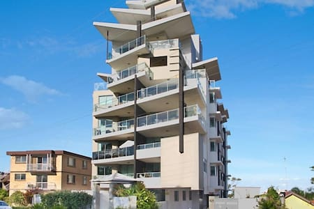 Walking distance to beach and town centre - Tweed Heads