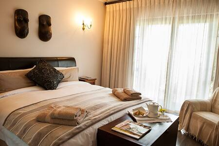 Kaya La Provence B&B La Luna - Kapstadt - Bed & Breakfast