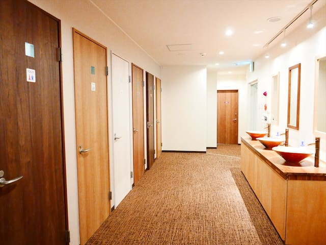Single Dorm, Kenrokuen Garden walking distance #0