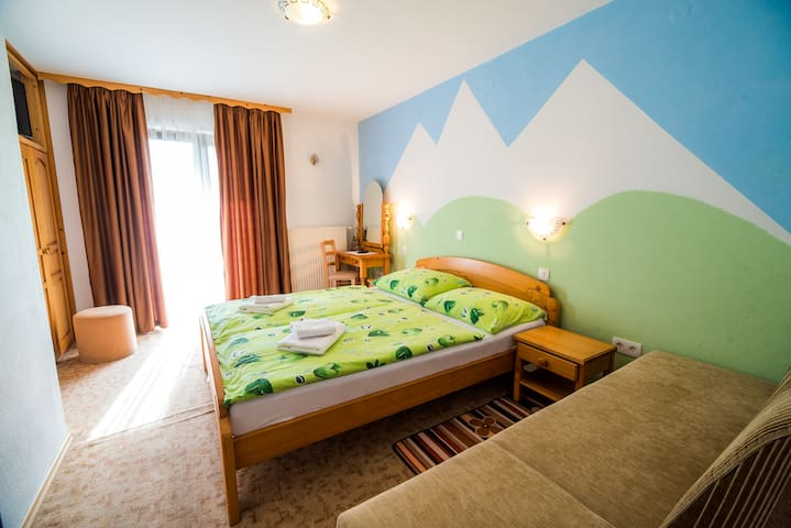 Guesthouse Resje - Double Room with Mountain View