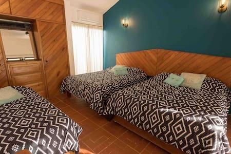 Habitación con baño compartido en Casa Sirena