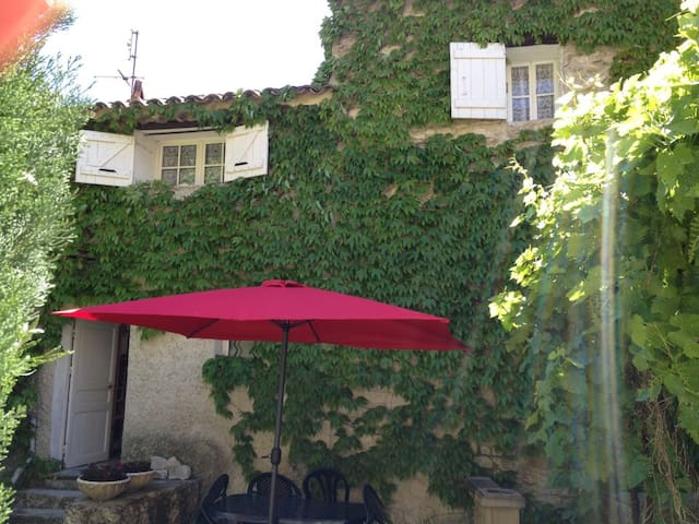 Maison 3 pièces - Centre ville - Vaison-la-Romaine - House