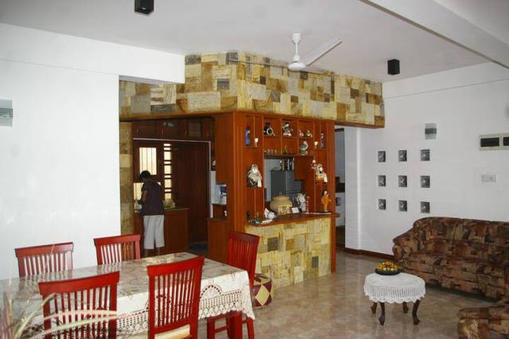 ComfyStay - Home Away From Home - Colombo - Bed & Breakfast