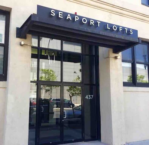 Seaport Loft Getaway
