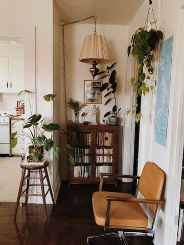 Close to Downtown- Cute Apt, Book Lovers Escape - Bellingham - Apartment