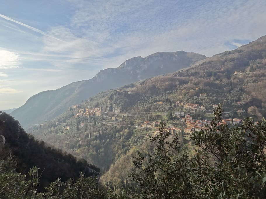Casoli seen from the other side of the valley