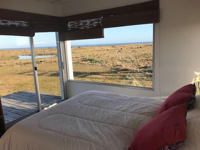 Oceánica, casa soñada frente al mar y campo