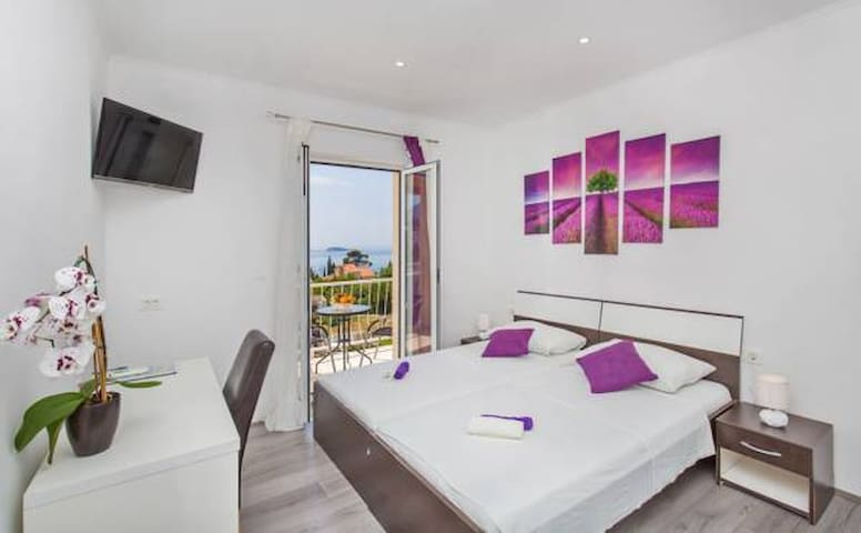 Duper - Superior Double or Twin Room with Sea View