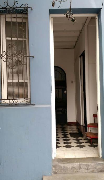 Puerta de hall de entrada