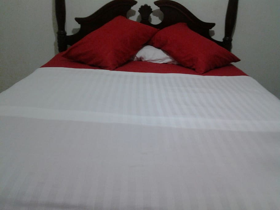 gorgeous and comfort rooms Montego Bay Best Price Villa