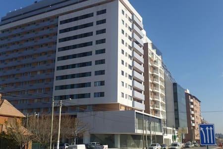 Downtown /Vista y Modernidad/ Departamento Nuevo - Neuquén - Huoneisto