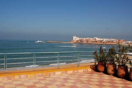 Entre Casablanca et Rabat, BOUZNIKA, plage de rêve - Ben Slimane