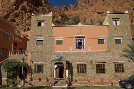 Hôtel Azul, chambre 4 personnes - Tinghir - Boutique-Hotel