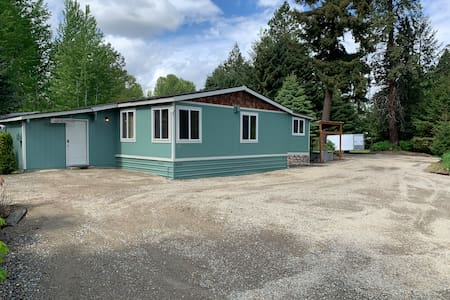 Beautiful Cle Elum Getaway- close to attractions