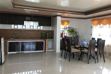 French 777 Sta. Monica Siargao Homestay(10pax)